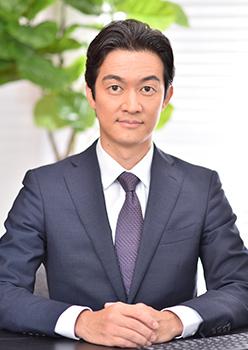 代表取締役社長 吉岡 隆