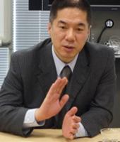 伊達 秀雄氏