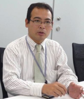 坂本 勉氏